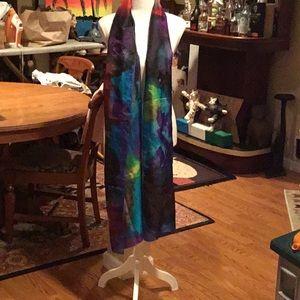 Multicolor silky scarf